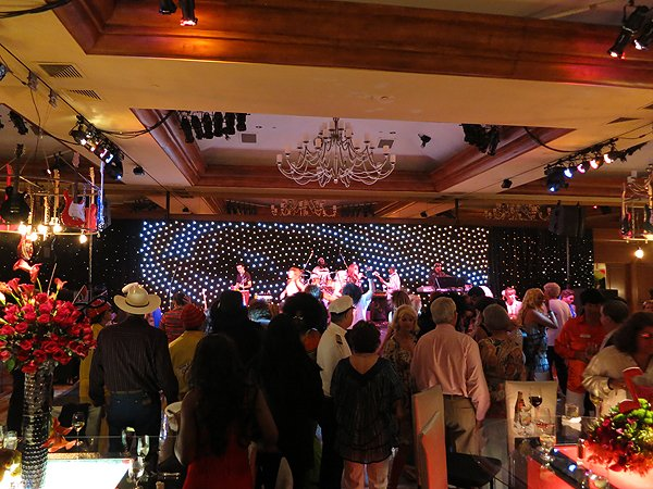 2013-07-11 Liquid Blue Band in Pebble Beach CA at The Inn at Spanish Bay 003