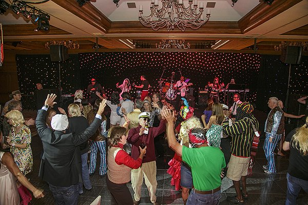 2013-07-18 Liquid Blue Band in Pebble Beach CA at The Inn at Spanish Bay 067
