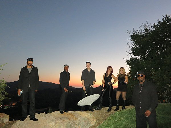 2013-07-27 Liquid Blue Band in Malibu CA 010