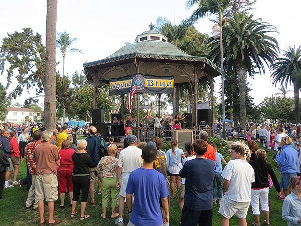 2013-07-28 Liquid Blue Band in Coronado CA at Spreckels Park 000
