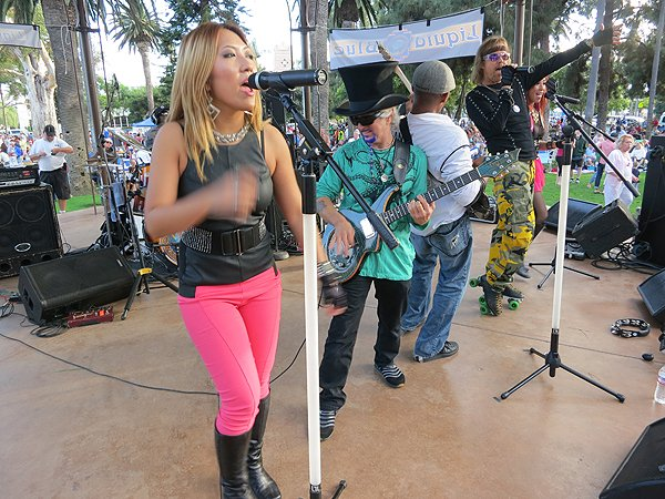 2013-07-28 Liquid Blue Band in Coronado CA at Spreckels Park 033