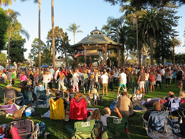 2013-07-28 Liquid Blue Band in Coronado CA at Spreckels Park 057
