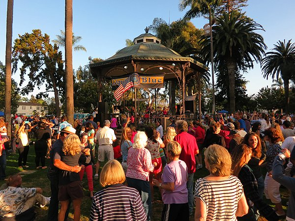 2013-07-28 Liquid Blue Band in Coronado CA at Spreckels Park 060