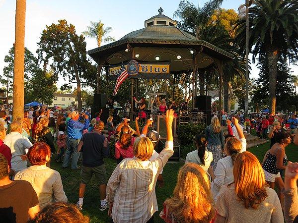 2013-07-28 Liquid Blue Band in Coronado CA at Spreckels Park 078