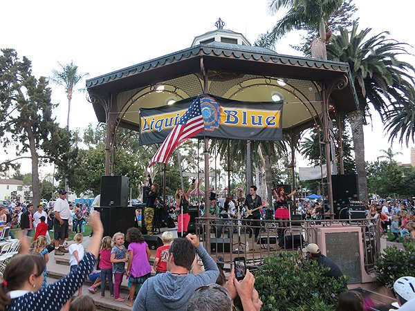 2013-07-28 Liquid Blue Band in Coronado CA at Spreckels Park 139