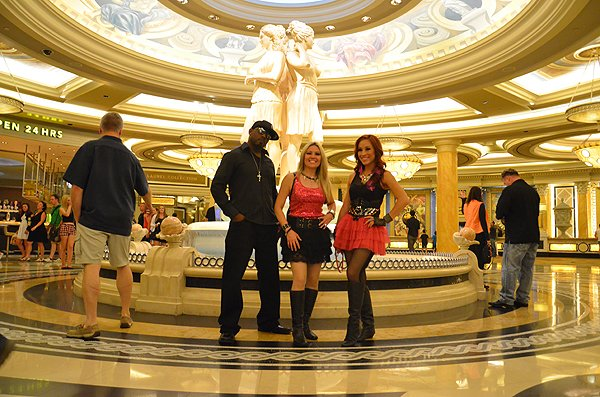 2013-08-02 Liquid Blue Band in Las Vegas NV at Ceasars Palace 039