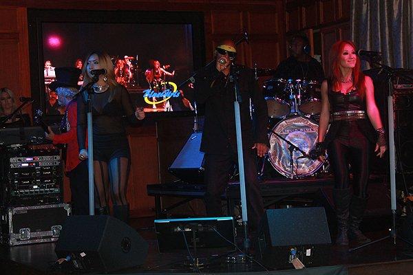 2013-08-17 Liquid Blue Band in San Diego CA at Club M 014