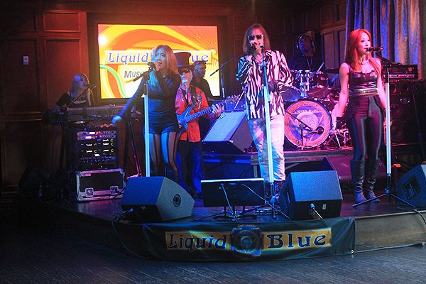 2013-08-17 Liquid Blue Band in San Diego CA at Club M 015