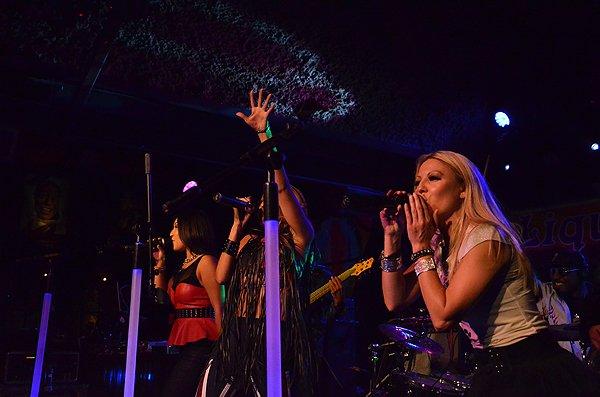2013-09-20 Liquid Blue Band in Solana Beach CA at Belly Up Tavern 010