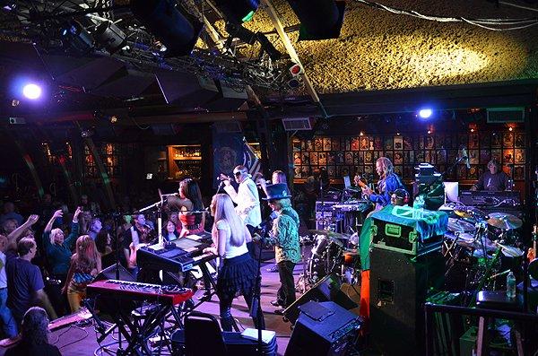 2013-09-20 Liquid Blue Band in Solana Beach CA at Belly Up Tavern 051