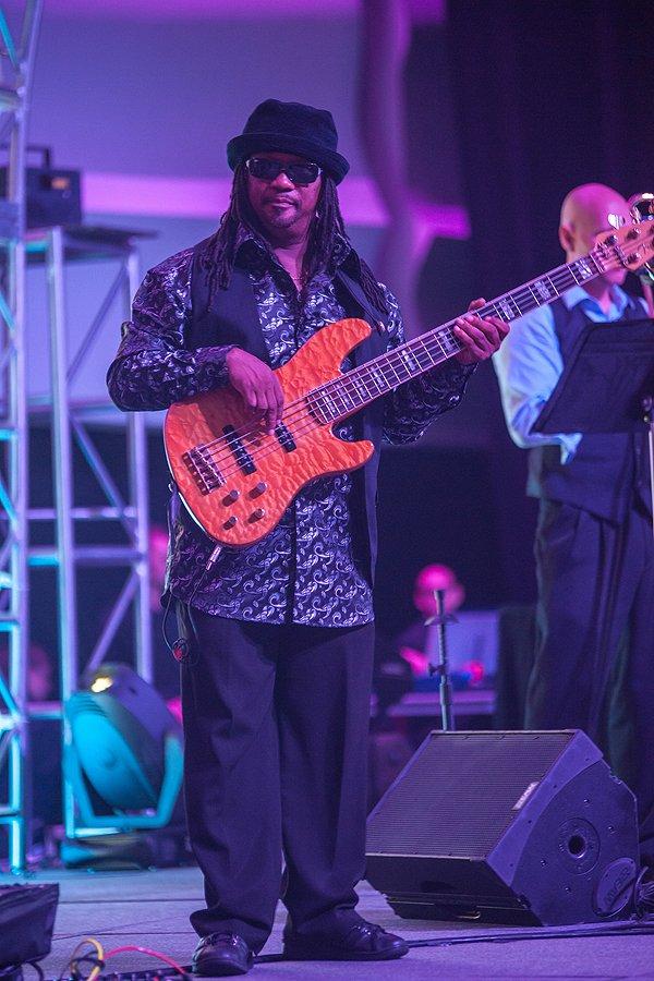 2013-09-28 Liquid Blue Band in Kansas City MO at KCCC 002