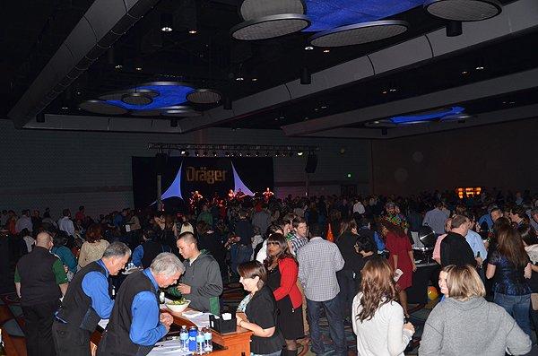 2013-11-16 Liquid Blue Band in Anaheim CA at Marriott Hotel 067