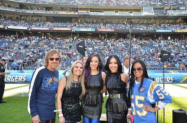 2013-12-01 Liquid Blue Band in San Diego CA at Qualcomm Stadium 005