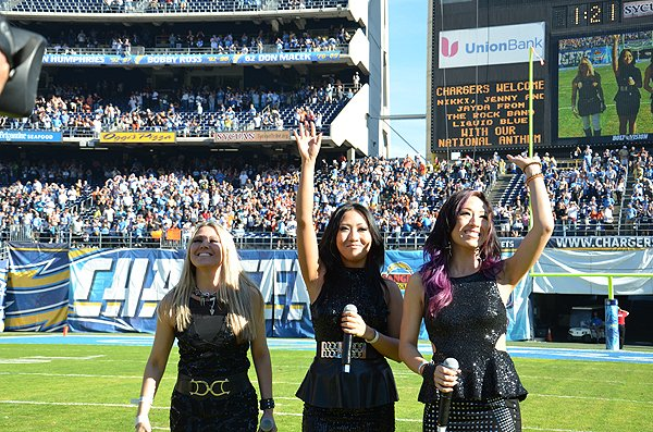 2013-12-01 Liquid Blue Band in San Diego CA at Qualcomm Stadium 014