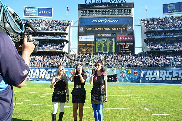 2013-12-01 Liquid Blue Band in San Diego CA at Qualcomm Stadium 017