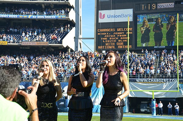 2013-12-01 Liquid Blue Band in San Diego CA at Qualcomm Stadium 021