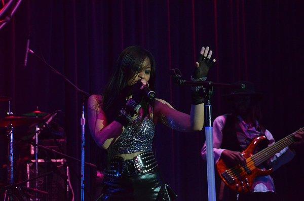 2014-02-07 Liquid Blue Band in Alpine CA at Viejas Casino 125