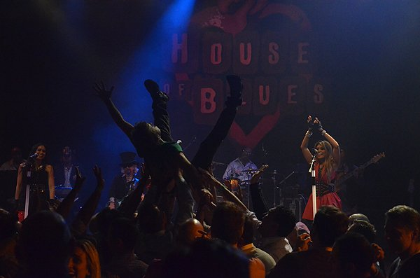 2014-02-11 Liquid Blue Band in West Hollywood CA at House of Blues 204