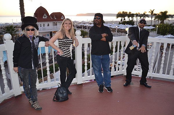 2014-02-14 Liquid Blue Band in Coronado CA 011