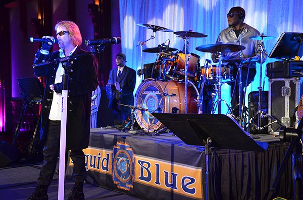2014-02-14 Liquid Blue Band in Coronado CA at Hotel Del Coronado 016