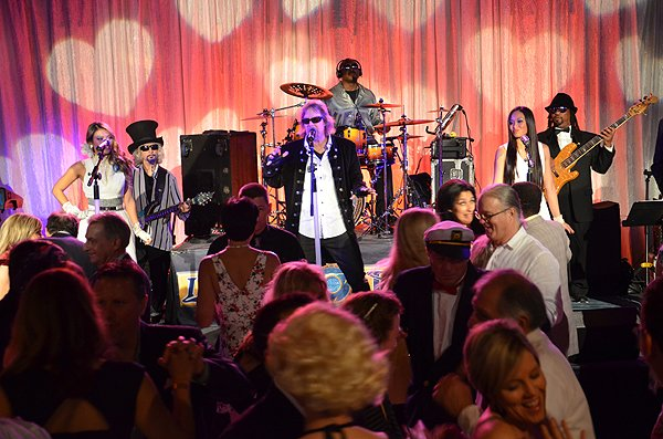 2014-02-14 Liquid Blue Band in Coronado CA at Hotel Del Coronado 132