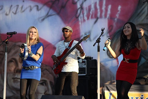 2014-07-03 Liquid Blue Band in Norwalk CA at City Hall Lawn 355