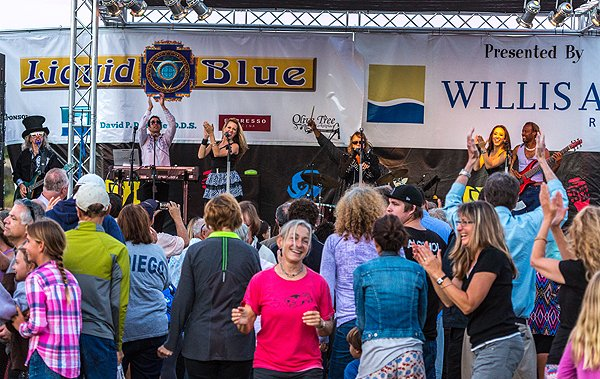 2014-07-18 Liquid Blue Band in Point Loma CA at Community Park 536