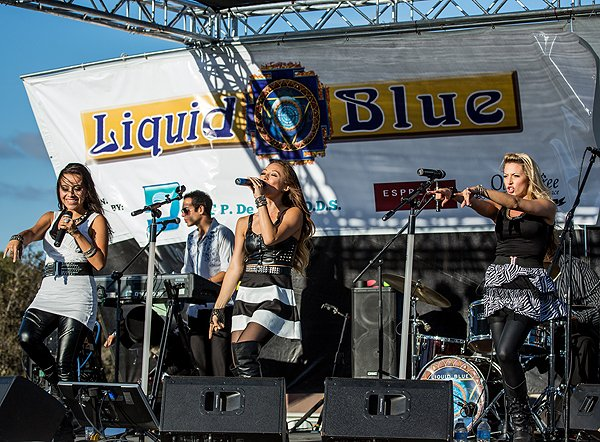 2014-07-18 Liquid Blue Band in Point Loma CA at Community Park 547
