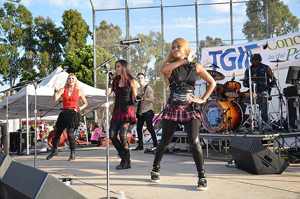 2014-07-25 Liquid Blue Band in Carlsbad CA at Pointsettia Park 183