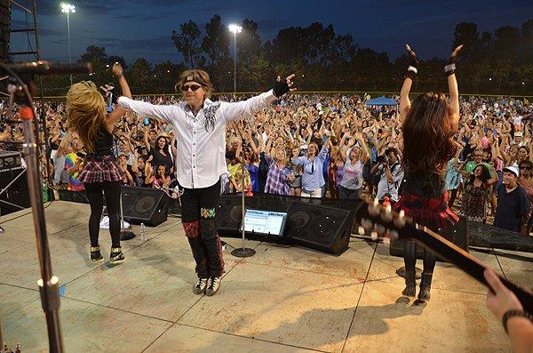 2014-07-25 Liquid Blue Band in Carlsbad CA at Pointsettia Park 322
