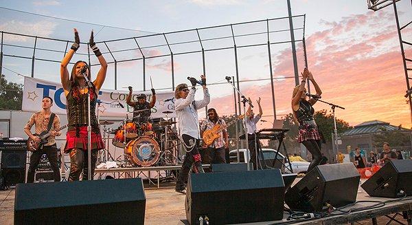 2014-07-25 Liquid Blue Band in Carlsbad CA at Pointsettia Park 392