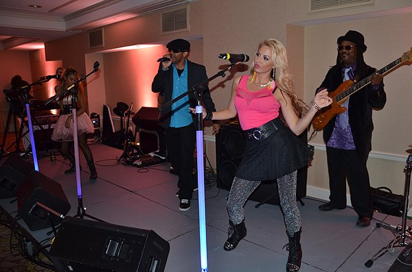 2014-09-05 Liquid Blue Band in Del Mar CA at L'Auberge Hotel 002