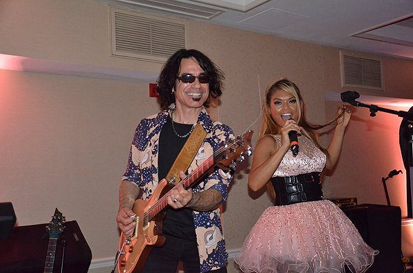 2014-09-05 Liquid Blue Band in Del Mar CA at L'Auberge Hotel 021