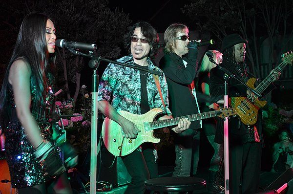 2014-09-20 Liquid Blue Band in Oceanside CA at St Malo 018