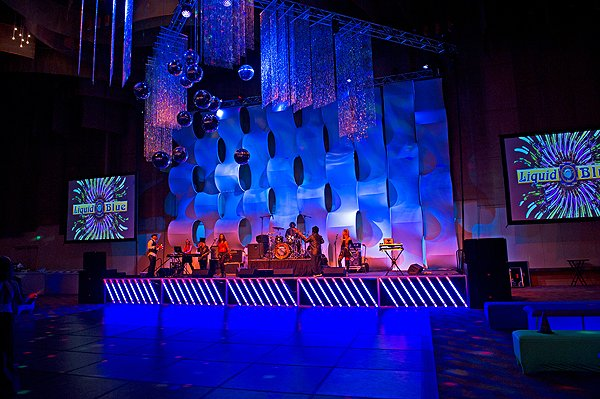 2014-11-01 Liquid Blue Band in Cincinnati OH at Duke Energy Center 050