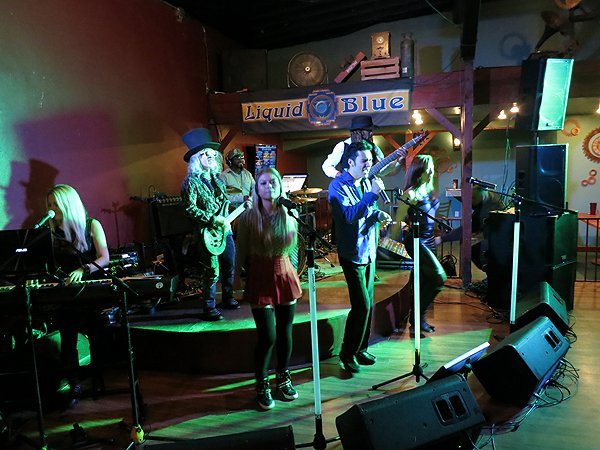 2014-12-20 Liquid Blue Band in Lakeside CA at The Bucking Delorian 004