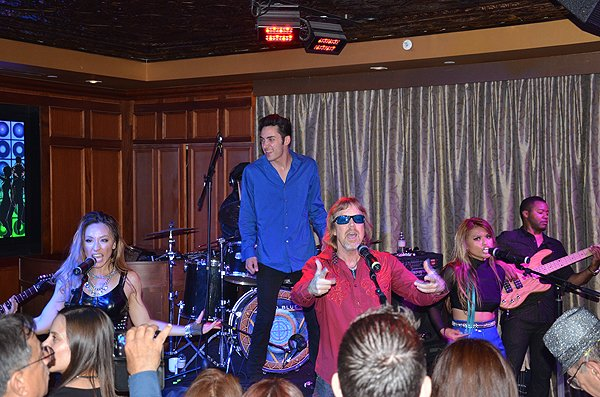 2015-04-18 Liquid Blue Band in San Diego CA at Club M 021