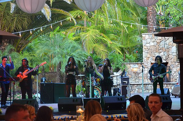 2015-05-23 Liquid Blue Band in Fallbrook CA at Grand Tradition Estate 010