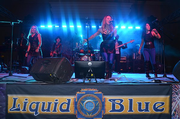 2015-05-29 Liquid-Blue Band in Del Mar CA at San Diego County Fair 058
