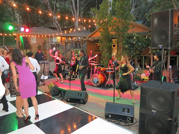 2015-06-27 Liquid Blue Band in Escondido CA at The Ranch at Brady Canyon 002