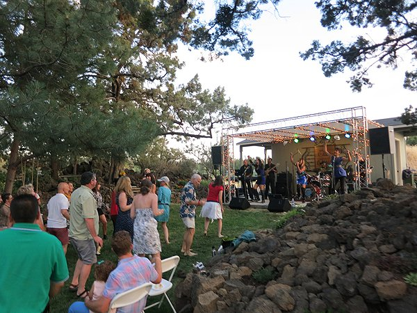 2015-07-04 Liquid Blue Band in Bend-OR at Mann Residence 001