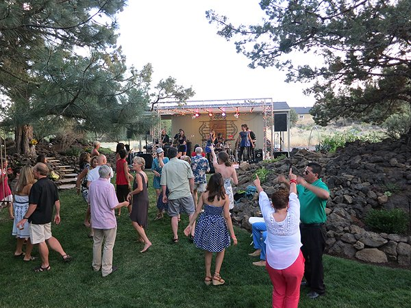 2015-07-04 Liquid Blue Band in Bend-OR at Mann Residence 002