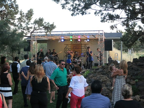 2015-07-04 Liquid Blue Band in Bend-OR at Mann Residence 007