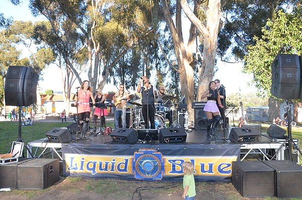 2015-07-24 Liquid Blue Band in Mission Hills CA at Pioneer Park 000