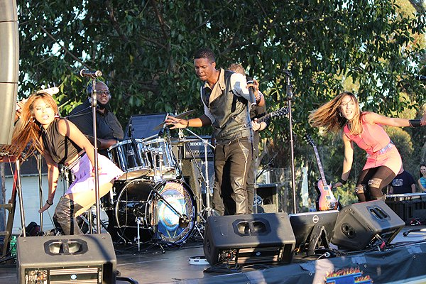 2015-07-24 Liquid Blue Band in Mission Hills CA at Pioneer Park 208