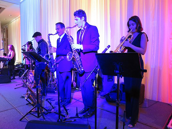 2015-08-08 Liquid Blue Band in Palos Verdes CA at Terranea Resort 023