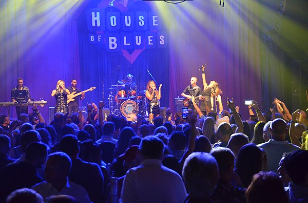 2015-08-12 Liquid Blue Band in San Diego CA at House Of Blues 338