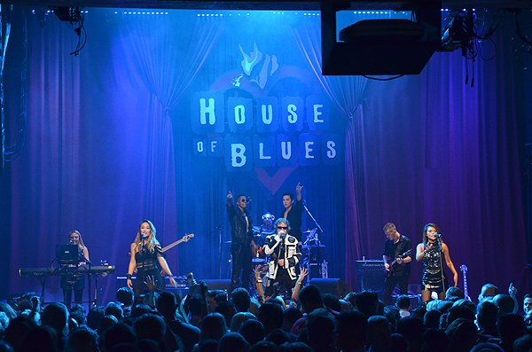 2015-08-12 Liquid Blue Band in San Diego CA at House Of Blues 477