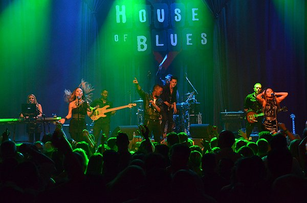 2015-08-12 Liquid Blue Band in San Diego CA at House Of Blues 493