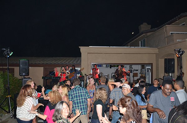 2015-08-21 Liquid Blue Band in Poway CA at Schack Residence 029